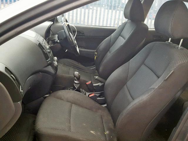 Naudotos automobiliu dallys Foto 7 Hyundai I30 2011 1.4 Mechaninė Hečbekas 4/5 d. Pilka 2019-2-06 A4299
