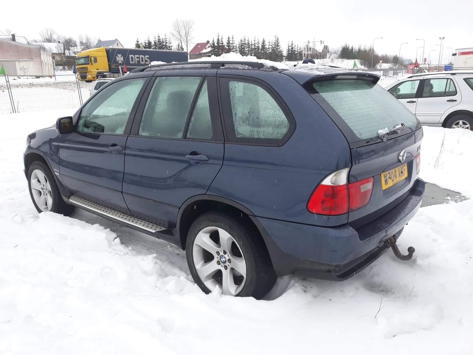 Naudotos automobiliu dallys Foto 2 BMW X5 2004 3.0 Mechaninė Visureigis 4/5 d. Melyna 2019-2-01 A4288