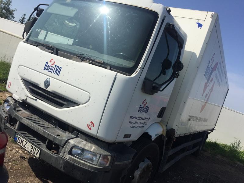 Naudotos automobiliu dallys Foto 4 Truck - Renault MIDLUM 2002 6.2 Mechaninė Kita 2/3 d. Balta 2018-9-06 A4071