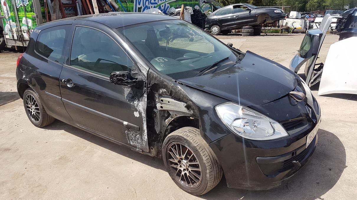 Naudotos automobilio dalys Renault CLIO 2007 1.2 Mechaninė Hečbekas 2/3 d. Juoda 2017-5-30