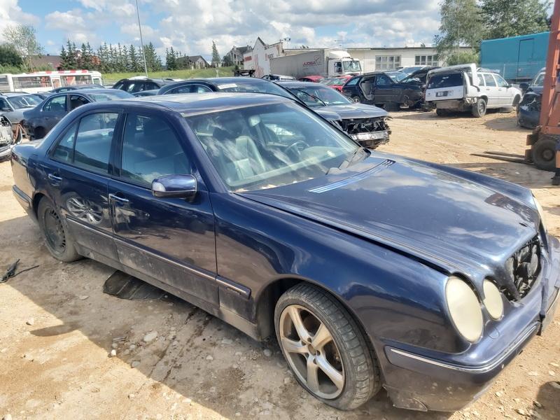 Used Car Parts Mercedes-Benz E-CLASS 1999 2.7 Automatic Sedan 4/5 d. Blue 2020-7-02