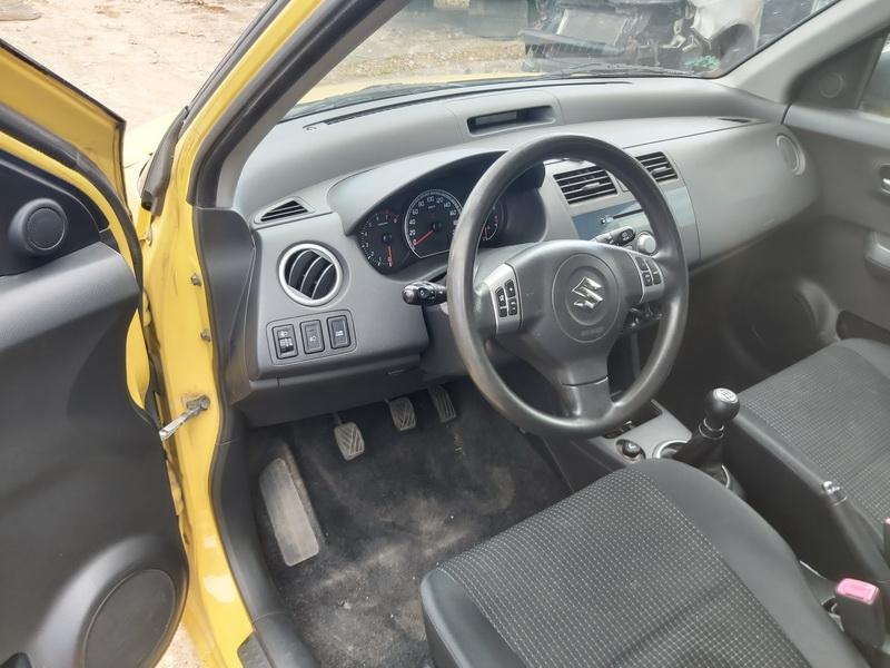Naudotos automobilio dalys Suzuki SWIFT 2006 1.3 Mechaninė Vienatūris 4/5 d. Geltona 2020-7-09