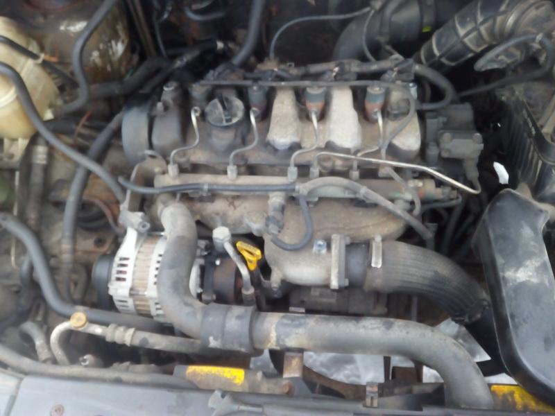 Подержанные Автозапчасти Foto 4 Hyundai TRAJET 2002 2.0 машиностроение минивэн 4/5 d. серебро 2018-2-13 A3629
