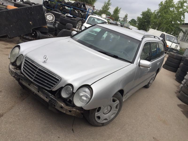 Naudotos automobiliu dallys Foto 4 Mercedes-Benz E-CLASS 1999 2.7 Mechaninė Universalas 4/5 d. Sidabrine 2018-6-12 A3856