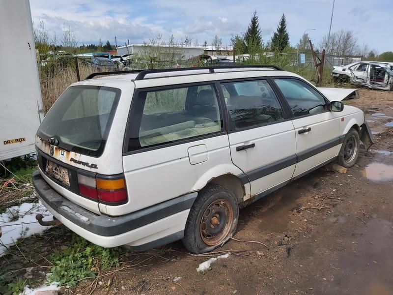 Naudotos automobiliu dallys Foto 9 Volkswagen PASSAT 1994 1.9 Mechaninė Universalas 4/5 d. Balta 2020-5-12 A5277