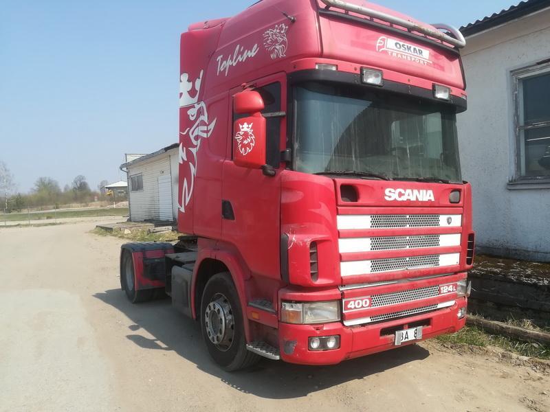 Naudotos automobiliu dallys Foto 2 Truck -Scania 124L 2001 11.7 Mechaninė Vilkikas 2/3 d. Raudona 2019-4-24 A4451