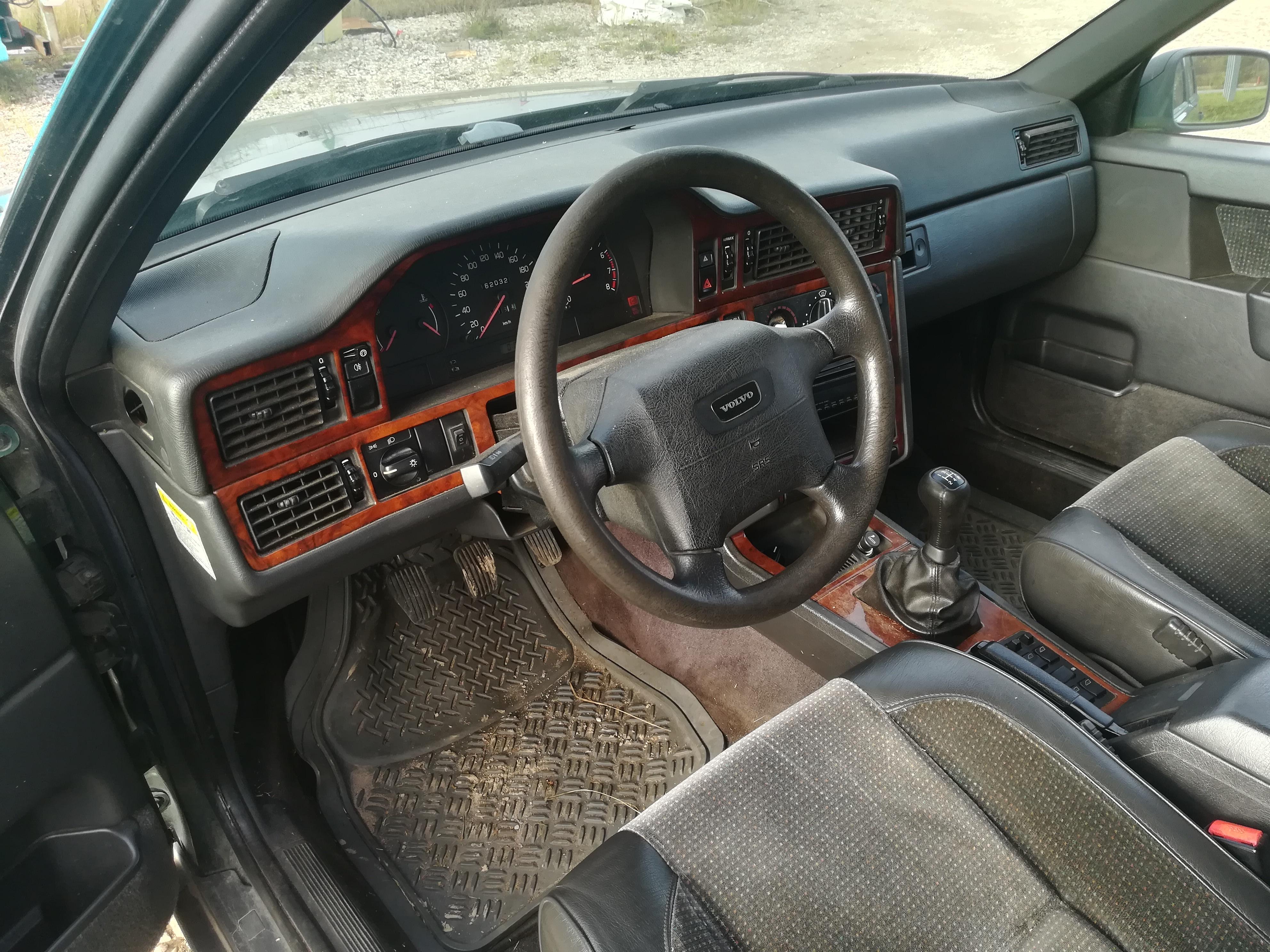 Naudotos automobilio dalys Volvo 850 1995 2.0 Mechaninė Universalas 4/5 d. Zalia 2019-10-24
