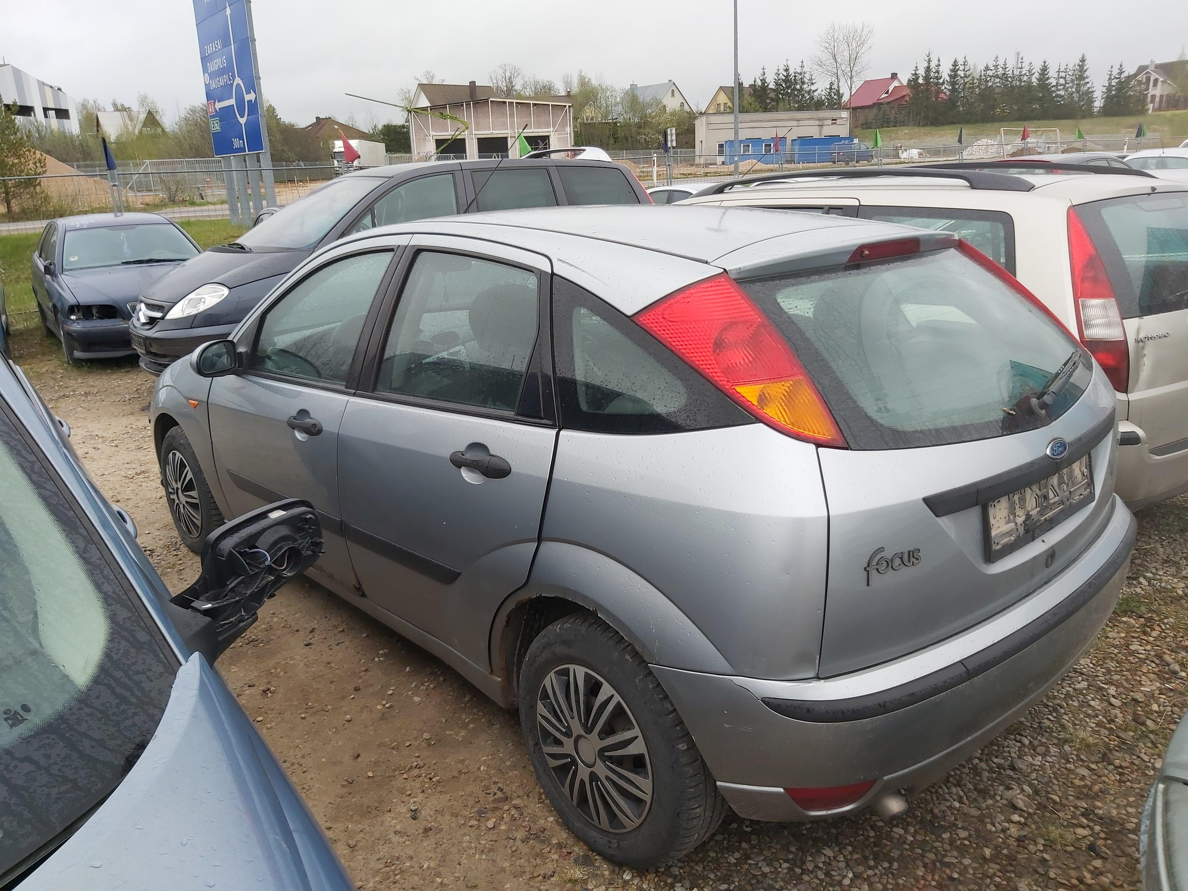 Naudotos automobiliu dallys Foto 7 Ford FOCUS 2004 1.8 Mechaninė Hečbekas 4/5 d. Pilka 2020-5-04 A5248