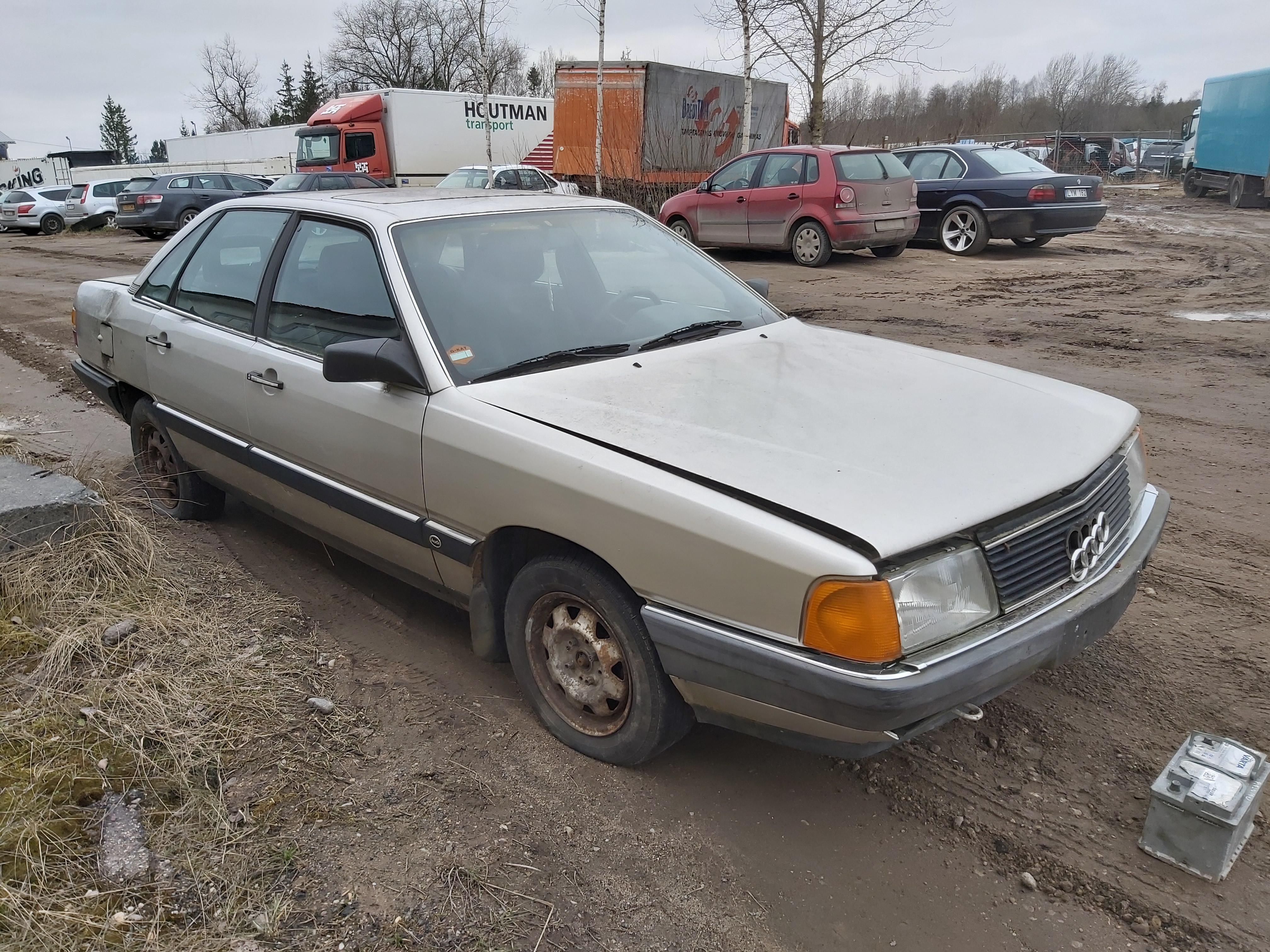 Naudotos automobilio dalys Audi 100 1986 1.8 Mechaninė Sedanas 4/5 d. Sviesiai pilka 2020-3-18