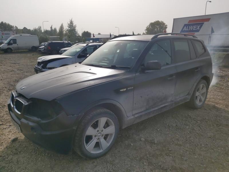 Naudotos automobiliu dallys Foto 4 BMW X3 2006 2.0 Mechaninė Visureigis 4/5 d. Juoda 2020-10-01 A5705