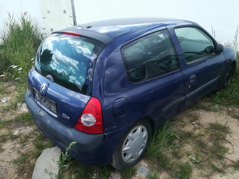 Naudotos automobiliu dallys Foto 8 Renault CLIO 2002 1.2 Mechaninė Hečbekas 2/3 d. Melyna 2019-7-03 A4603