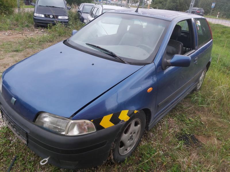 Used Car Parts Foto 4 Fiat PUNTO 1999 1.2 Mechanical Hatchback 2/3 d. Blue 2020-9-14 A5661