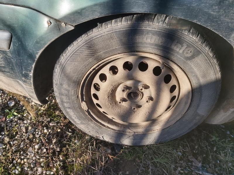 Naudotos automobiliu dallys Foto 9 Volkswagen PASSAT 1997 1.9 Mechaninė Sedanas 4/5 d. Zalia 2020-2-22 A5086