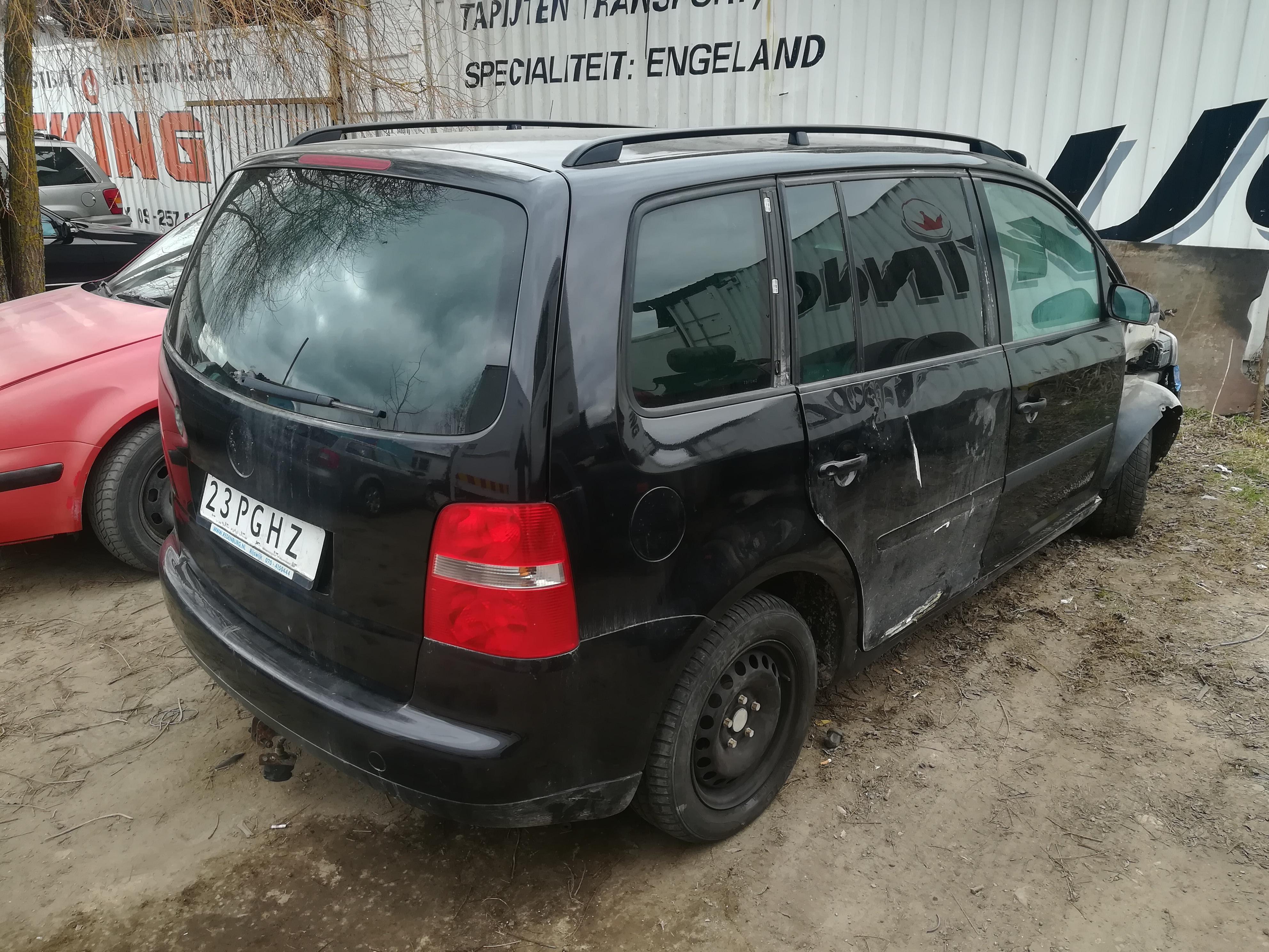 Used Car Parts Foto 9 Volkswagen TOURAN 2004 2.0 Automatic Minivan 4/5 d. Black 2019-4-11 A4417
