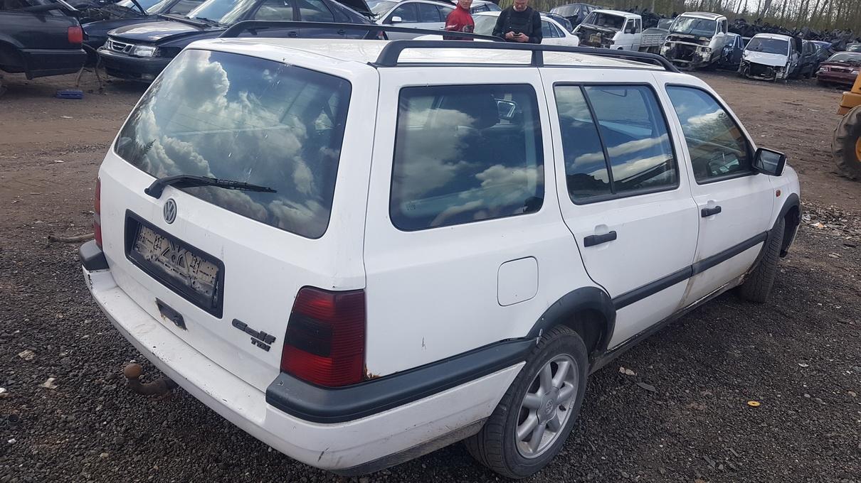 Naudotos automobilio dalys Volkswagen GOLF 1995 1.9 Mechaninė Universalas 4/5 d. Balta 2017-5-09