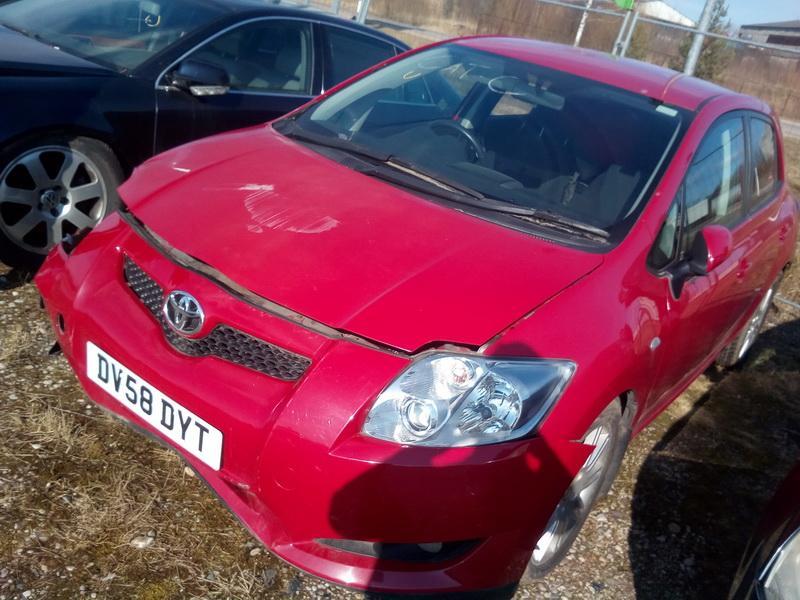 Naudotos automobilio dalys Toyota AURIS 2008 1.6 Mechaninė Hečbekas 4/5 d. Raudona 2018-4-04