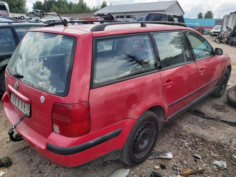 Naudotos automobiliu dallys Foto 9 Volkswagen PASSAT 1996 1.6 Mechaninė Universalas 4/5 d. Raudona 2020-6-23 A5380