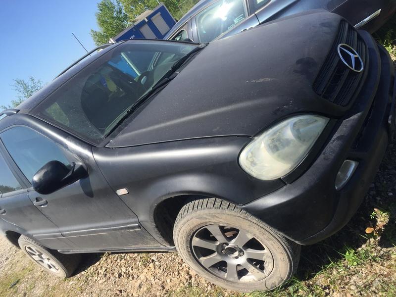 Naudotos automobiliu dallys Foto 2 Mercedes-Benz ML-CLASS 2000 3.2 Automatinė Visureigis 4/5 d. Juoda 2018-5-07 A3735