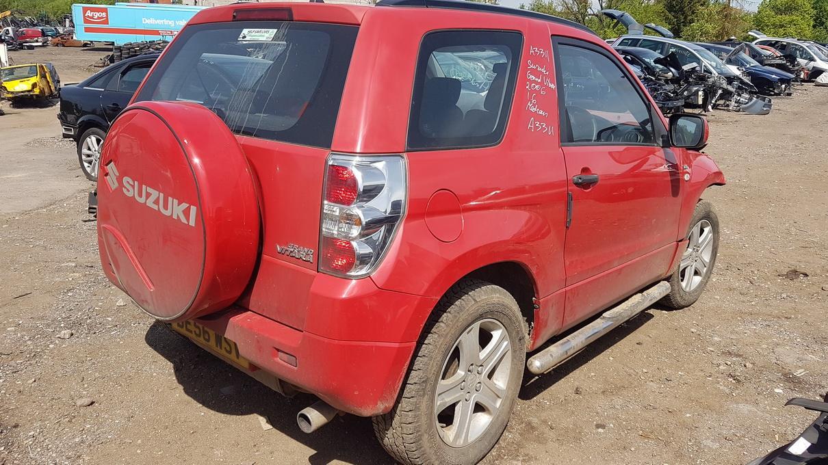 Naudotos automobilio dalys Suzuki GRAND VITARA 2006 1.6 Mechaninė Visureigis 2/3 d. Raudona 2017-5-30