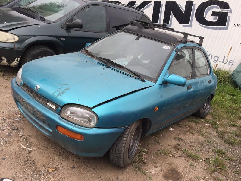 Naudotos automobiliu dallys Foto 4 Mazda 121 1995 1.3 Mechaninė Sedanas 4/5 d. Zydra 2018-9-18 A4087