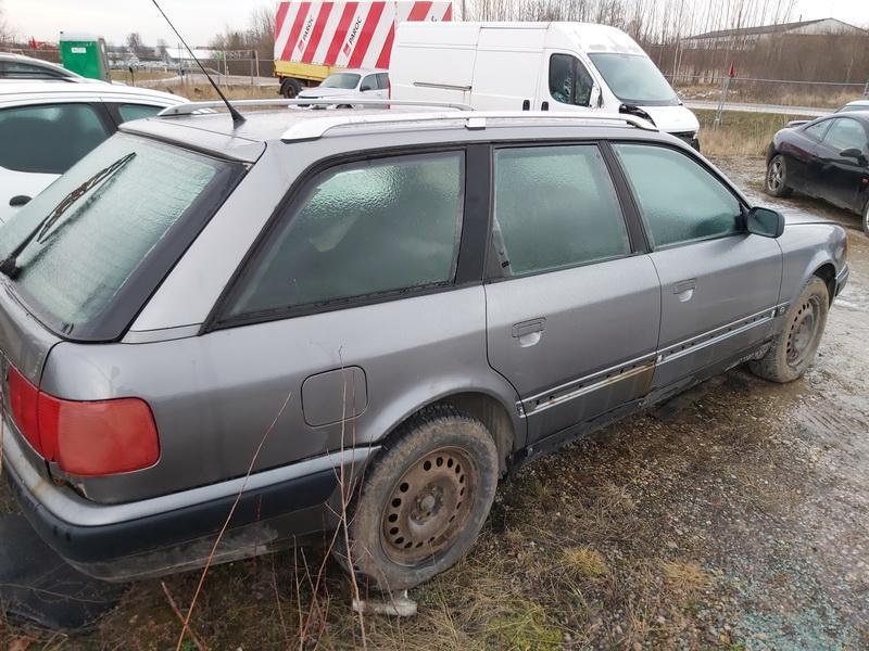 Naudotos automobiliu dallys Foto 8 Audi 100 1993 2.5 Mechaninė Universalas 4/5 d. Pilka 2019-12-23 A4982