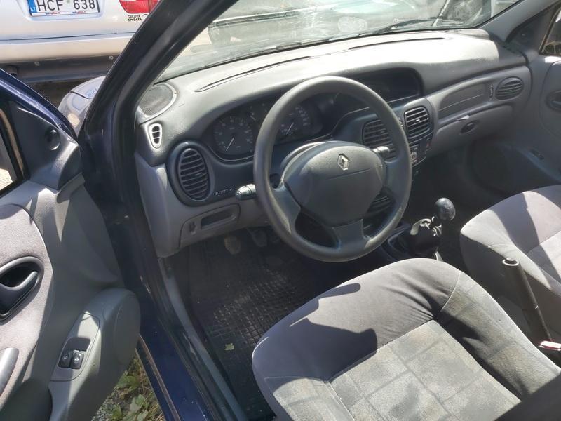 Подержанные Автозапчасти Renault MEGANE 1999 1.4 машиностроение хэтчбэк 4/5 d. синий 2020-7-28