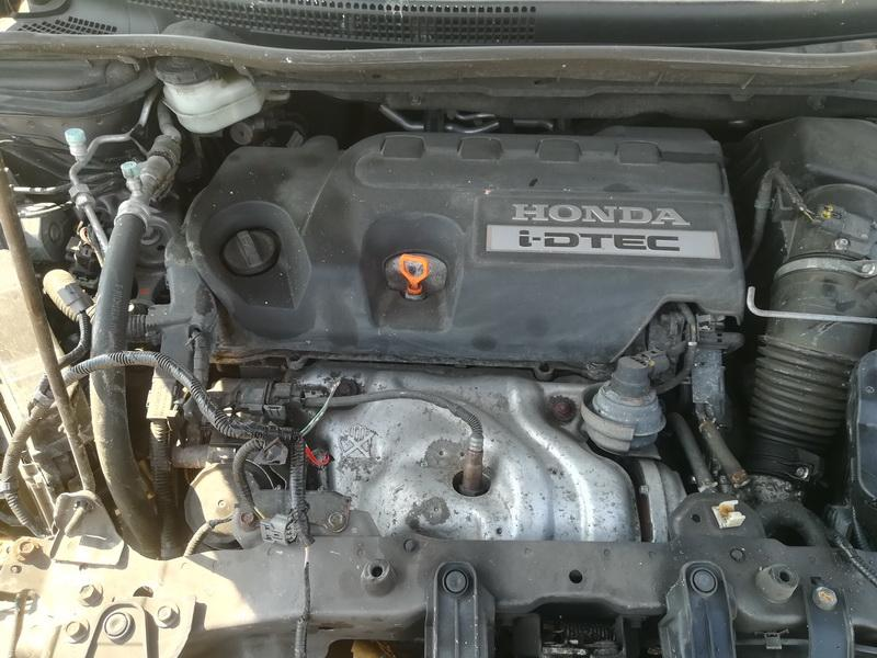 Naudotos automobiliu dallys Foto 2 Honda CR-V 2014 2.2 Automatinė Visureigis 4/5 d. Ruda 2019-4-23 A4444