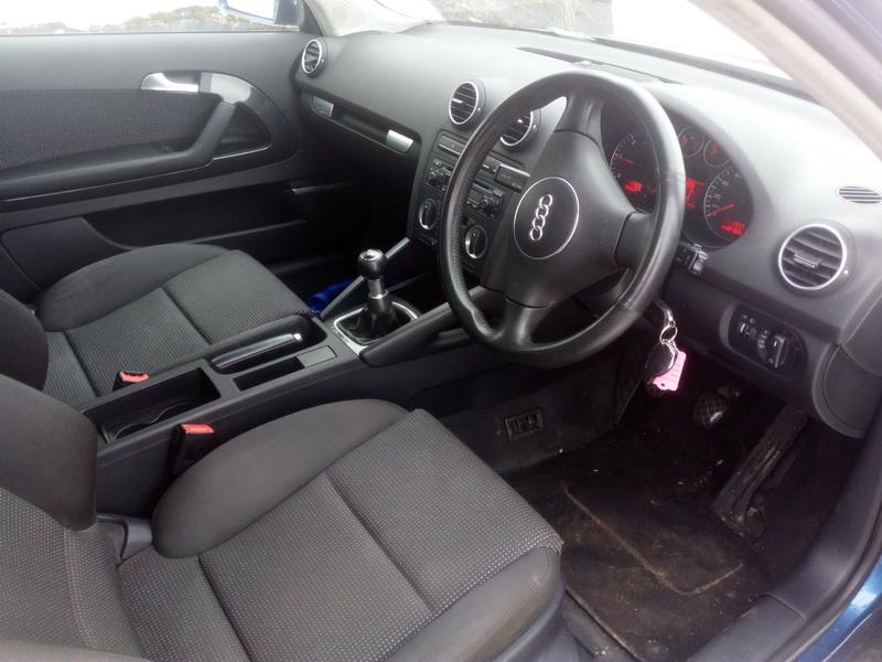 Подержанные Автозапчасти Foto 5 Audi A3 2004 1.9 машиностроение хэтчбэк 2/3 d. синий 2018-3-09 A3657