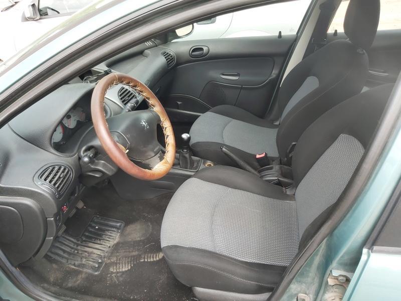 Naudotos automobiliu dallys Foto 5 Peugeot 206 2003 1.4 Mechaninė Universalas 4/5 d. Zalia 2020-7-27 A5464