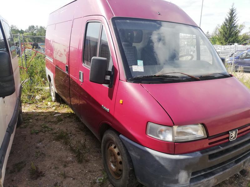 Naudotos automobiliu dallys Foto 4 Peugeot BOXER 1998 2.5 Mechaninė Krovininis mikroautobusas 2/3 d. Vysnine 2019-8-05 A4687
