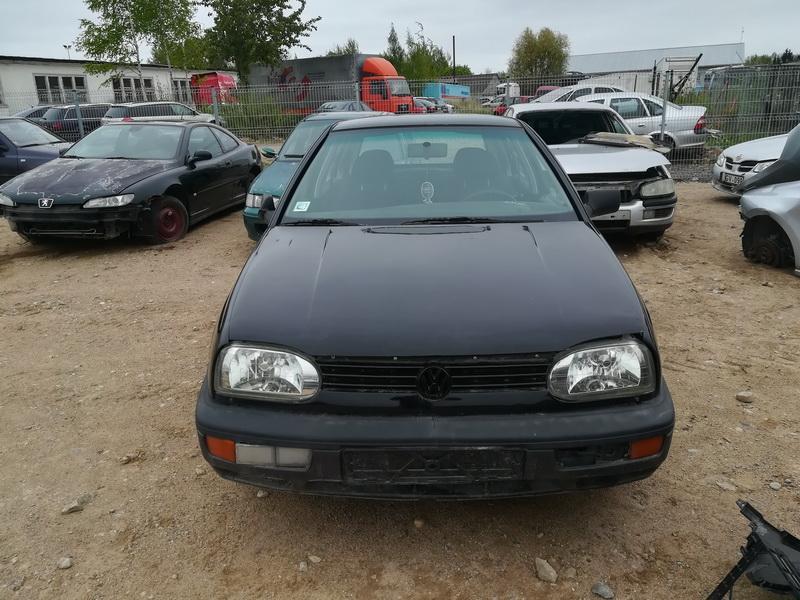 Naudotos automobilio dalys Volkswagen GOLF 1994 1.6 Mechaninė Hečbekas 4/5 d. Juoda 2019-5-14