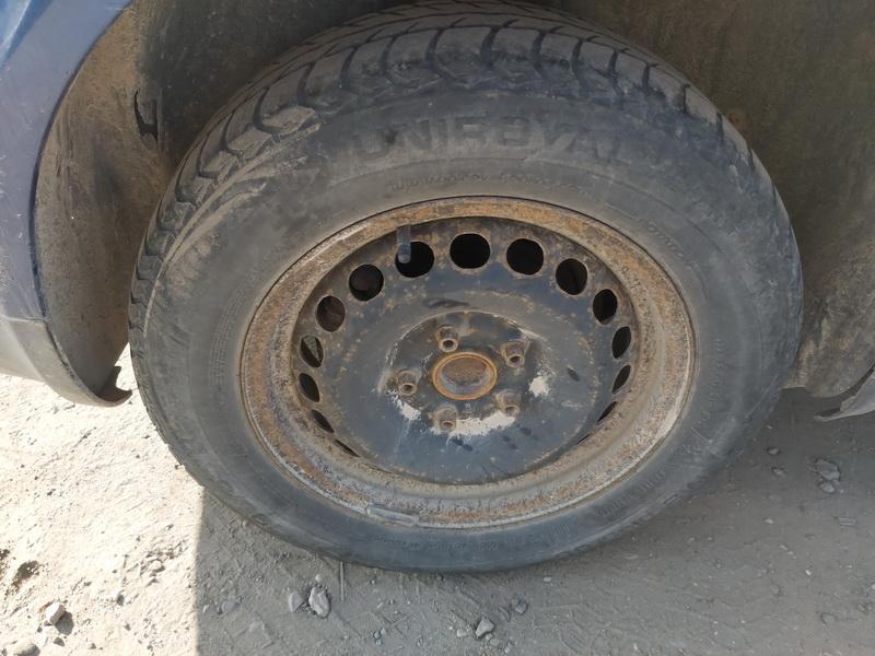 Naudotos automobiliu dallys Foto 10 Volkswagen PASSAT 1997 1.9 Mechaninė Sedanas 4/5 d. Melyna 2020-9-15 A5667