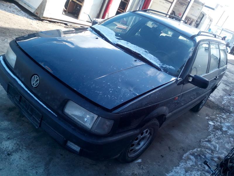 Naudotos automobilio dalys Volkswagen PASSAT 1992 1.9 Mechaninė Universalas 4/5 d. Melyna 2018-3-20