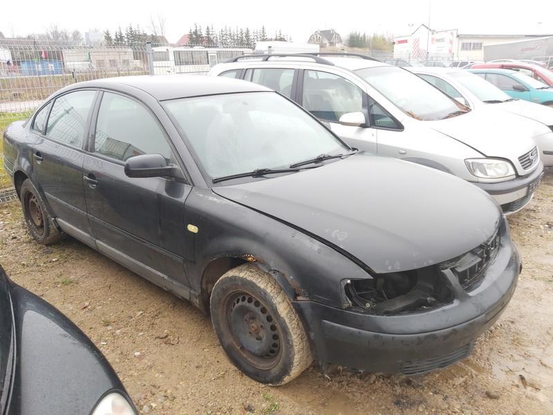 Naudotos automobilio dalys Volkswagen PASSAT 1999 1.9 Mechaninė Sedanas 4/5 d. Juoda 2020-11-14