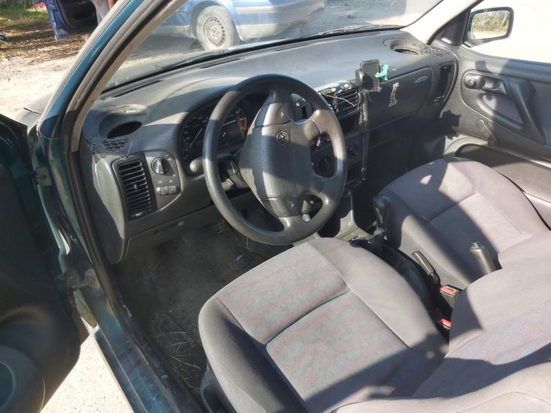 Naudotos automobilio dalys Volkswagen POLO 1995 1.3 Mechaninė Hečbekas 2/3 d. Zalia 2020-9-16