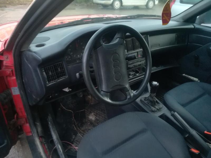 Naudotos automobilio dalys Audi 80 1993 2.0 Mechaninė Sedanas 4/5 d. Raudona 2019-12-07