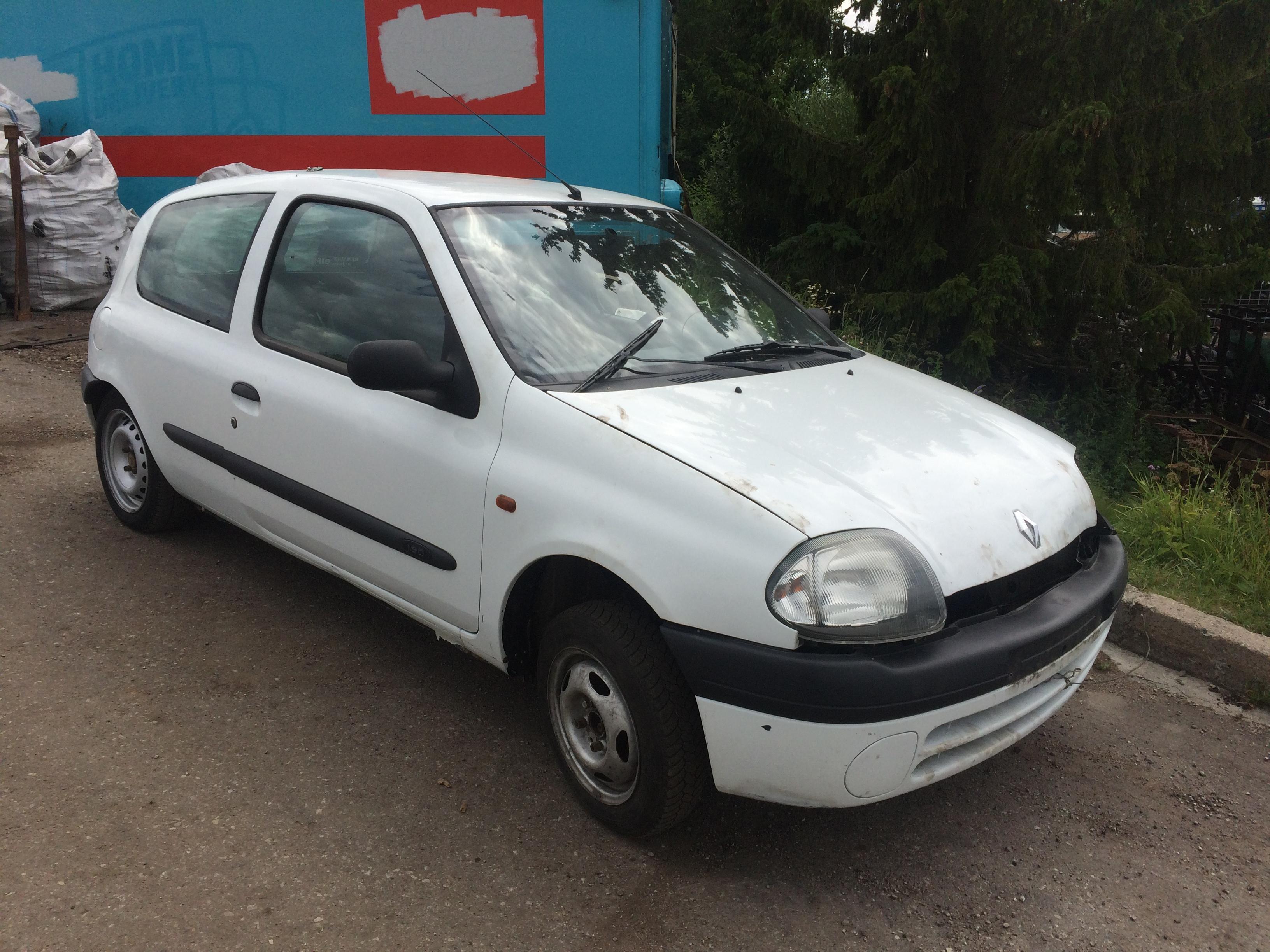 Naudotos automobiliu dallys Foto 3 Renault CLIO 2000 1.9 Mechaninė Hečbekas 2/3 d. Balta 2018-7-10 A3926