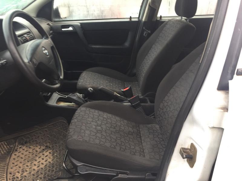 Naudotos automobilio dalys Opel ASTRA 2000 1.7 Mechaninė Hečbekas 4/5 d. Balta 2018-10-19