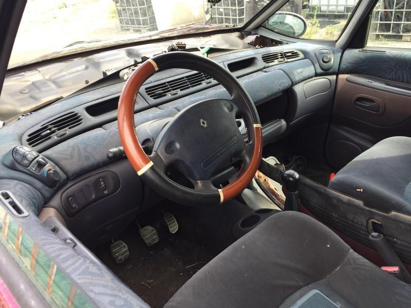 Naudotos automobilio dalys Renault ESPACE 1997 2.2 Mechaninė Vienatūris 4/5 d. Vysnine 2018-7-23
