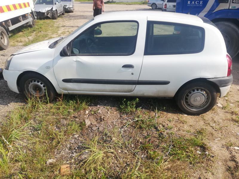 Naudotos automobiliu dallys Foto 4 Renault CLIO 2008 1.5 Mechaninė Hečbekas 2/3 d. Balta 2019-9-02 A4728