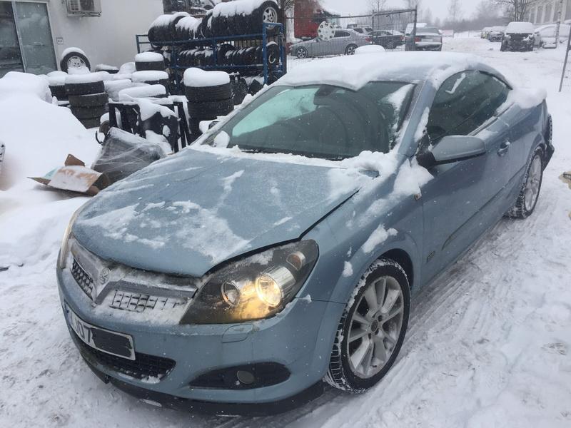 Naudotos automobiliu dallys Foto 4 Opel ASTRA 2007 1.8 Mechaninė Kabrioletas 2/3 d. Melyna 2019-1-28 A4277