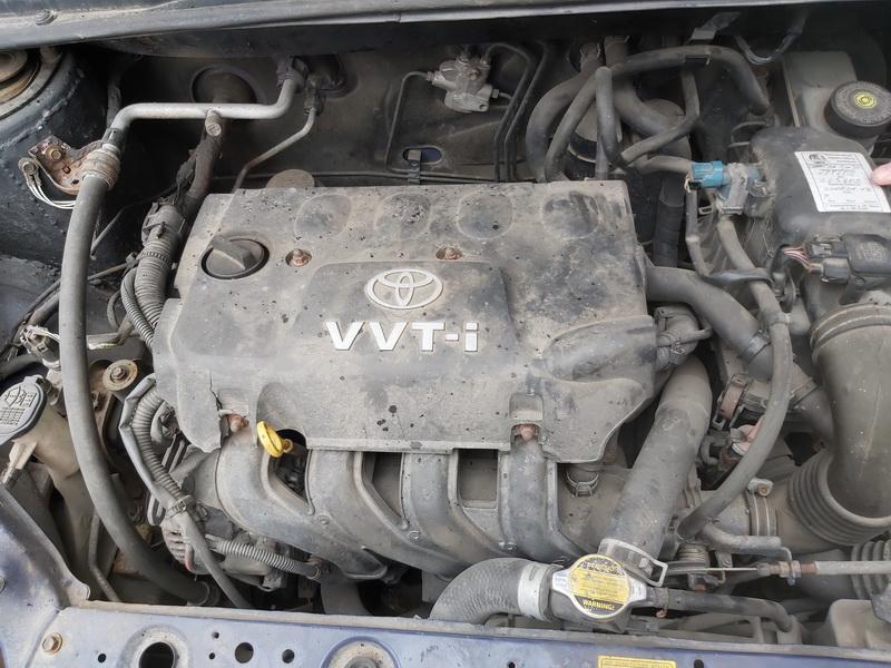 Naudotos automobiliu dallys Foto 2 Toyota YARIS 2001 1.3 Automatinė Hečbekas 4/5 d. Melyna 2020-5-21 A5299