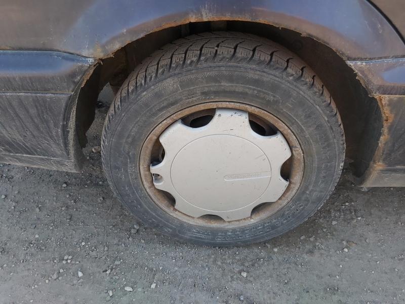 Naudotos automobiliu dallys Foto 10 Volkswagen PASSAT 1994 1.9 Mechaninė Universalas 4/5 d. Violetine 2020-3-24 A5156