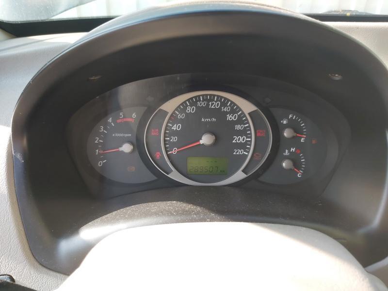 Naudotos automobiliu dallys Foto 7 Hyundai TUCSON 2005 2.0 Mechaninė Visureigis 4/5 d. Juoda 2020-9-16 A5672