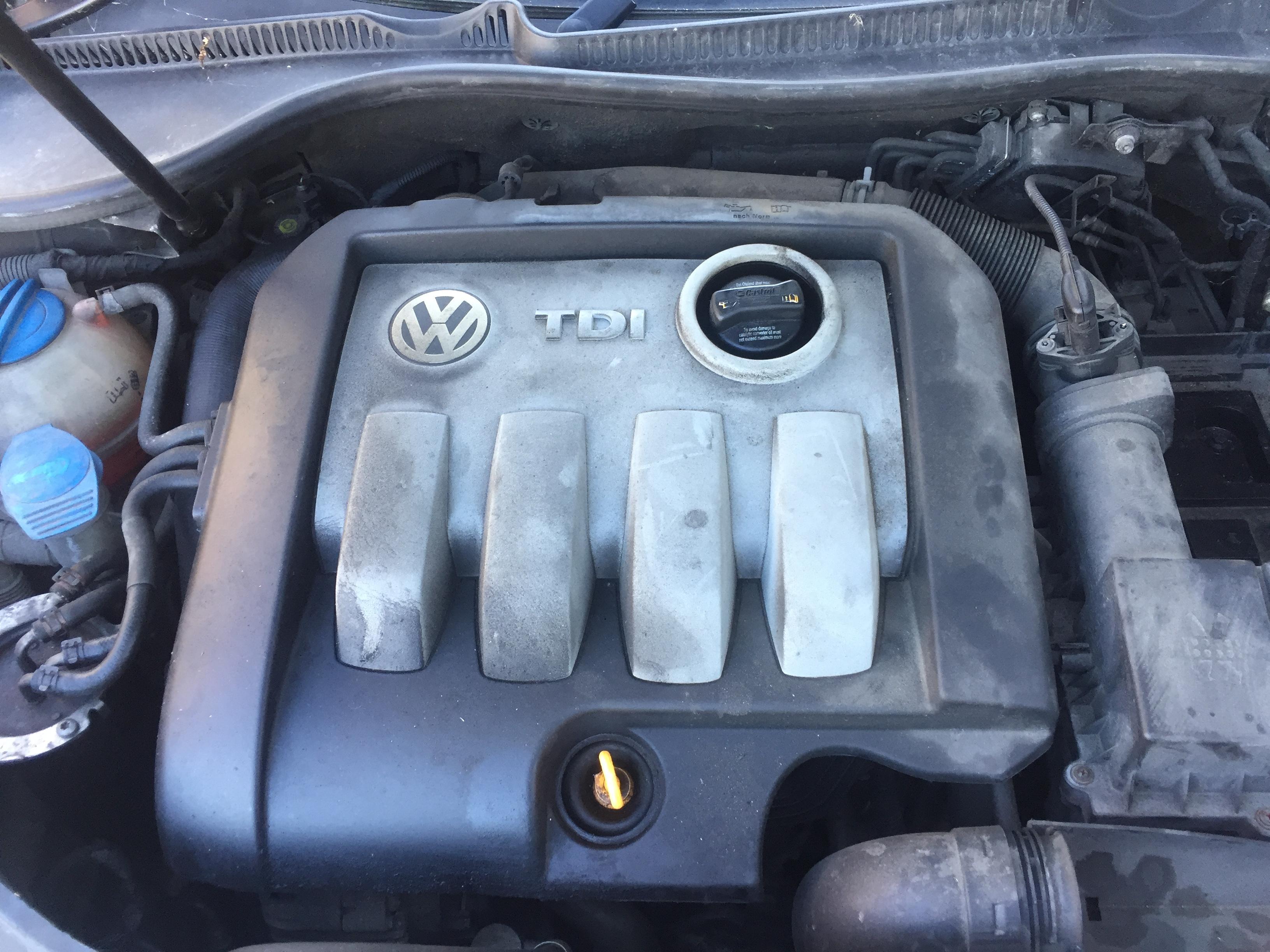 Used Car Parts Foto 4 Volkswagen GOLF 2007 1.9 Mechanical Hatchback 4/5 d. Black 2017-8-31 A3437