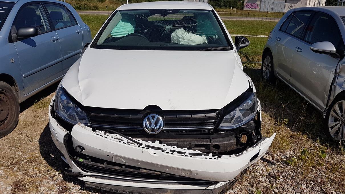 Volkswagen GOLF 2016 1.4 машиностроение