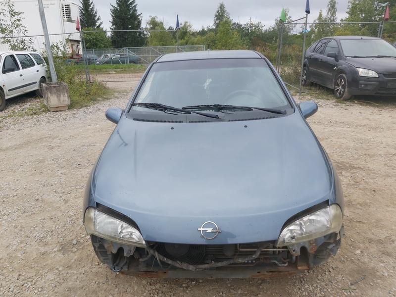 Naudotos automobiliu dallys Foto 3 Opel TIGRA 1999 1.6 Mechaninė Hečbekas 2/3 d. Melyna 2020-9-12 A5658