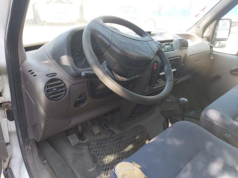 Naudotos automobilio dalys Opel MOVANO 2000 2.8 Mechaninė Krovininis mikroautobusas 2/3 d. Balta 2020-8-11