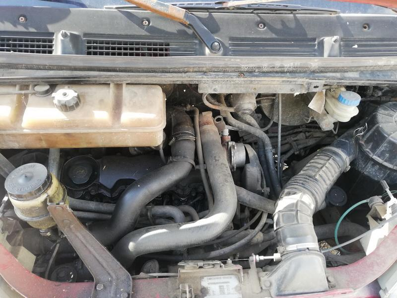 Naudotos automobiliu dallys Foto 2 Peugeot BOXER 1998 2.5 Mechaninė Krovininis mikroautobusas 2/3 d. Vysnine 2019-8-05 A4687