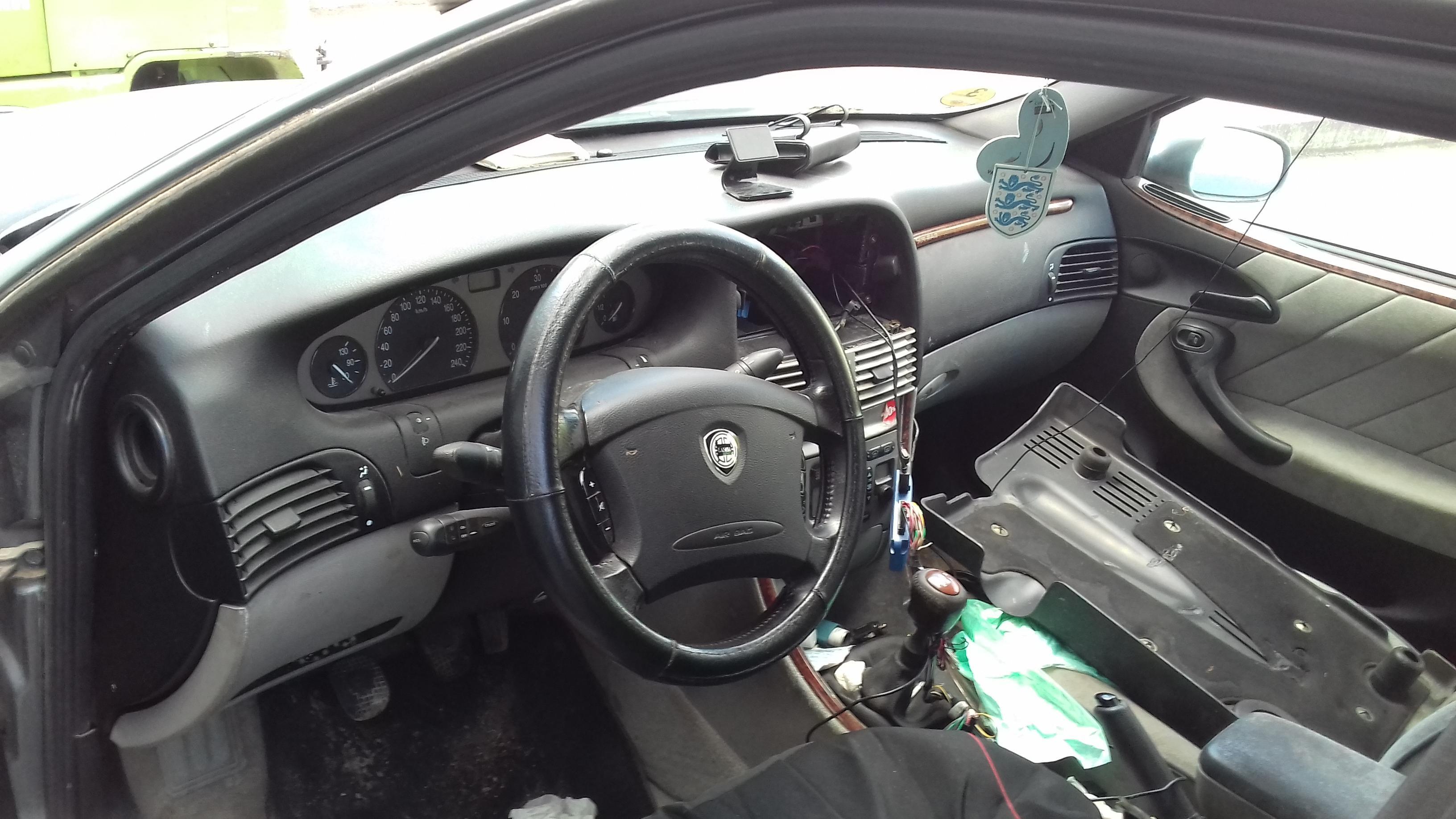 Naudotos automobilio dalys Lancia LYBRA 2003 2.4 Mechaninė Universalas 4/5 d. Pilka 2019-9-20